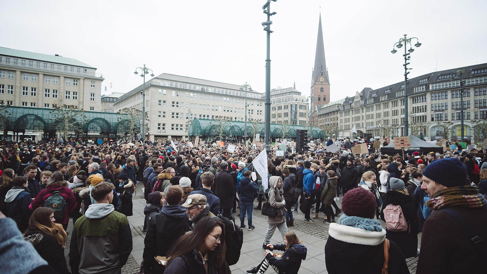 ecosia-joins-climate-strike-march-fridays-for-the-future-greta-thunberg-5